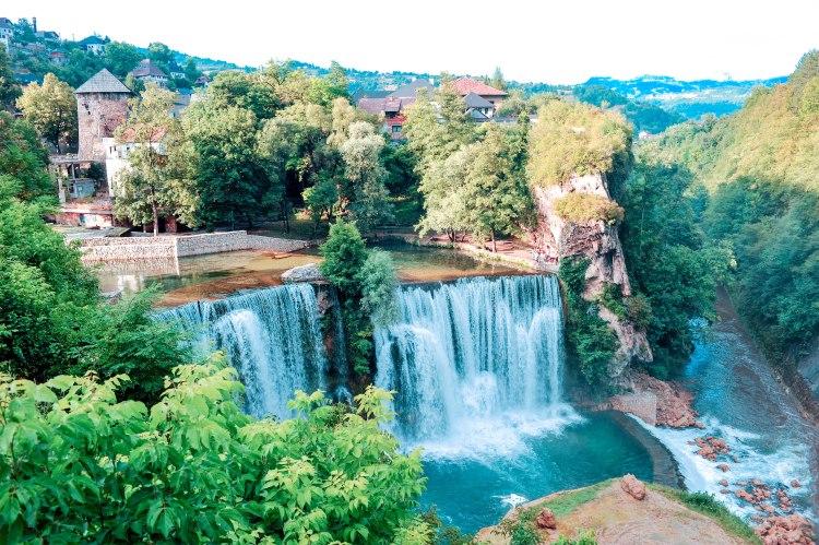 waterfall-enjoy